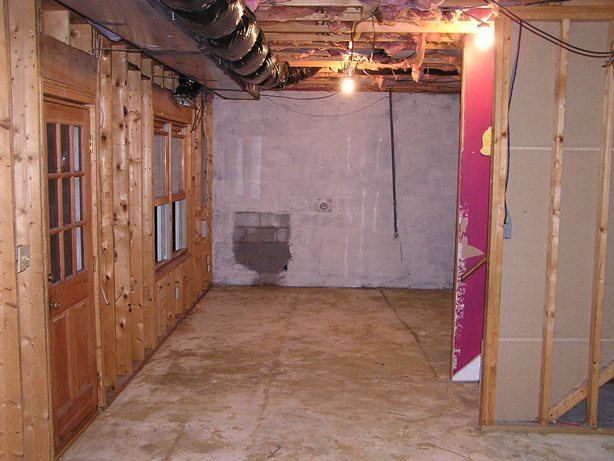 Cjc custom homes llc basement renovations gallery for Cj custom homes